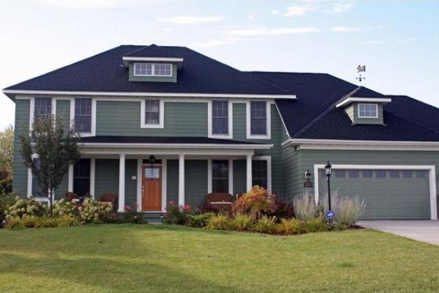 Cape Cod And New England Style Homes